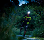 【跑步装备】越野跑头灯的选择