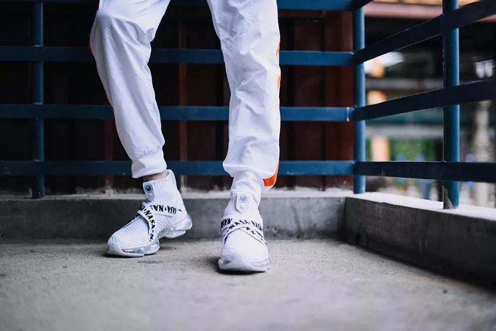 号称安踏最贵的球鞋 上线20秒就售罄了