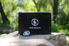 黑兽岩石之斗--自由兵黑豹鞋