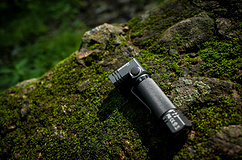 耐朗USB充电强光转角手电筒B74测评-转角遇见爱